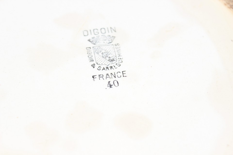 Oud diep bord roos Digoin
