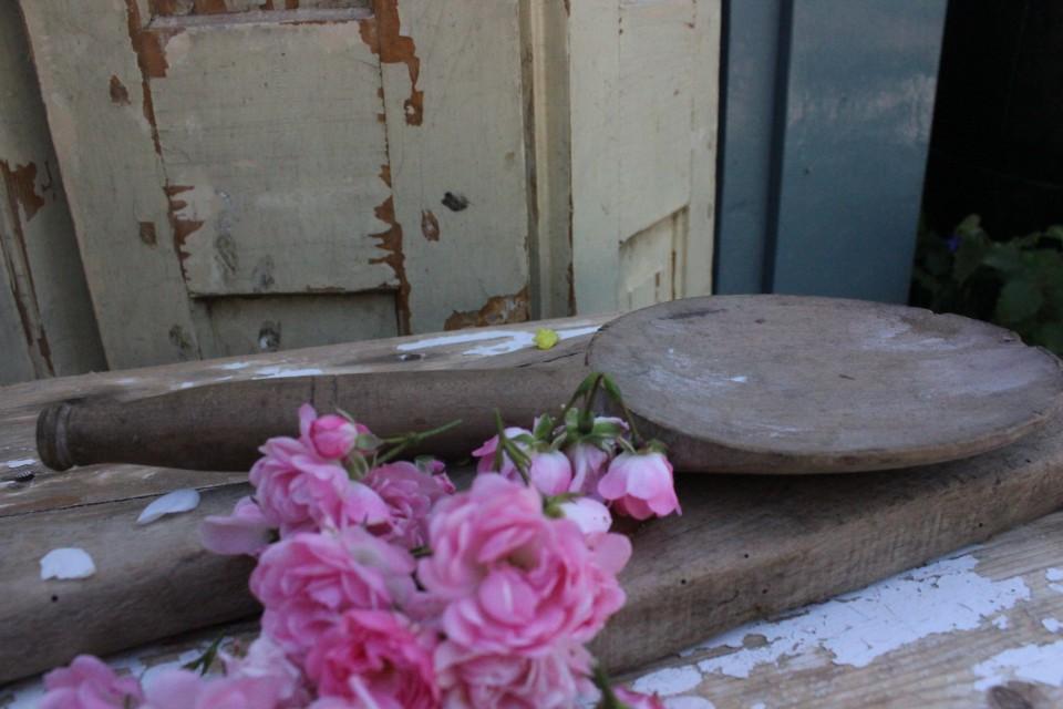 Oude dikke houten lepel