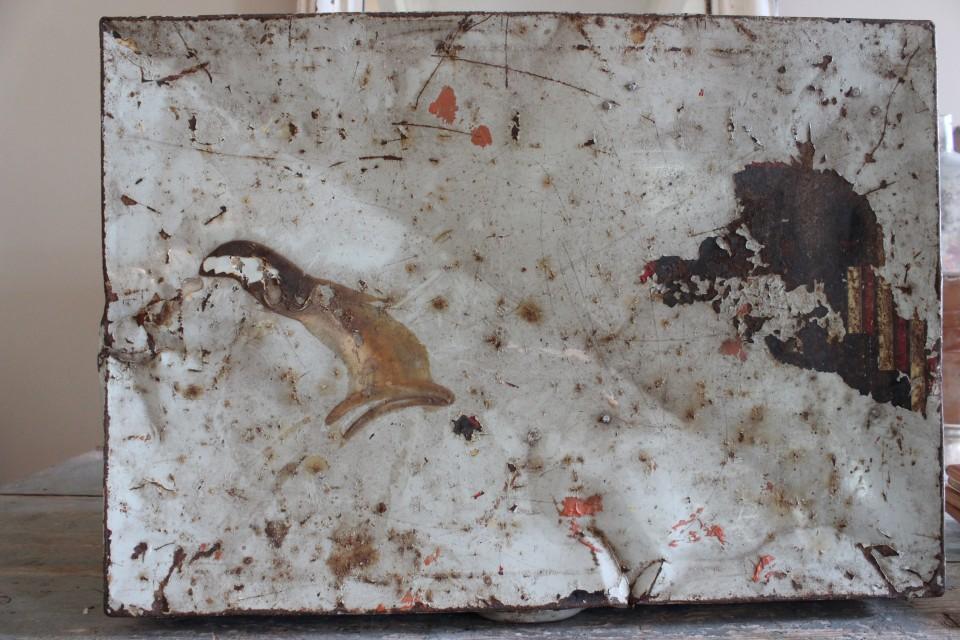 Oud groot metalen Douwe Egberts blik