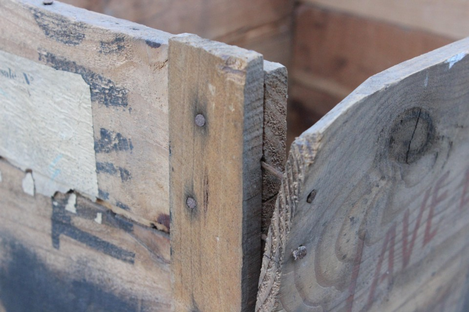 Oud houten hoog Frans Persil kratje