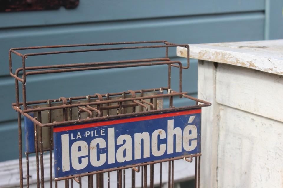 Oud ijzeren reclamerekje La Clanché