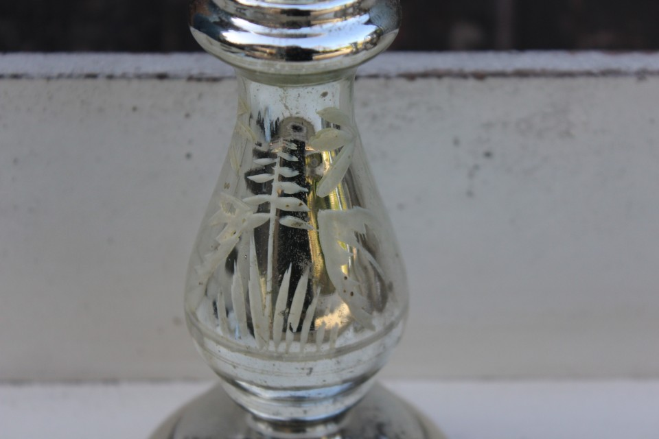 Oude zilverglas kandelaar met beschildering 2
