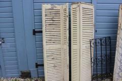Brocante Franse houten geschakelde louvre luiken