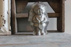 Oude metalen dubbele chocolademal kind