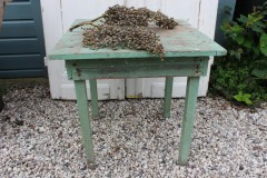 Brocante houten vierkant groen tafeltje