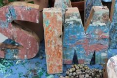 Oude houten letter I
