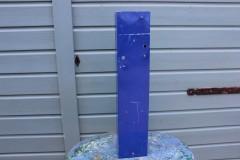 Oud metalen blauwe letter I