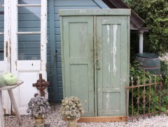 Oude groene houten locker kast