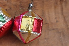Oude lampion kerstbal