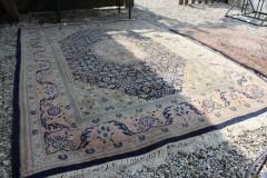 Oud groot Perzisch tapijt